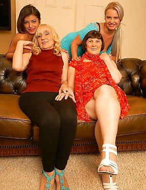 Mature-Lesbians
